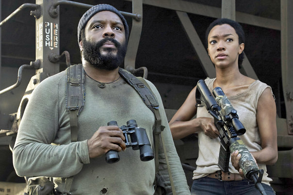 Chad-Coleman-and-Sonequa-Martin-Green-on-The-Walking-Dead_gallery_primary