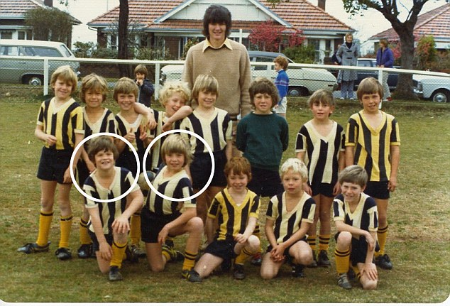 Gus Worland (front row,last on right) and Hugh Jackman (Front row, second from left) playing together in the Bannockburn Rovers Under 7's
